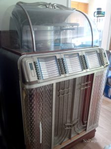 Wurlitzer Jukebox Model 1450